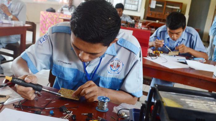 Pemerintah Akan Perbanyak Sekolah Kejuruan dan Balai Latihan Kerja
