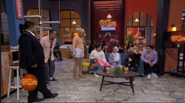 Siti Arfah saat diundang di program D'Cafe Trans7, beberapa waktu lalu.