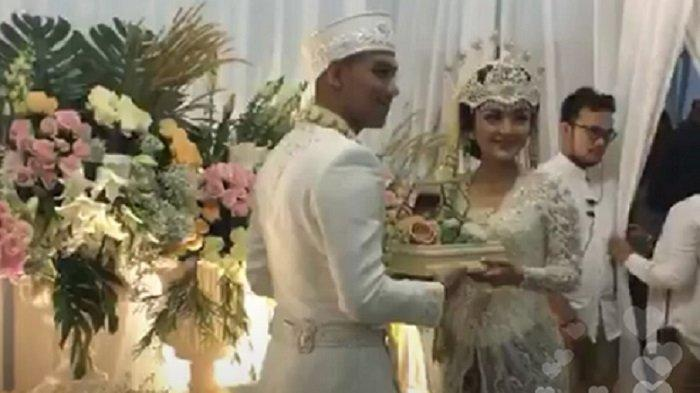Siti Badriah menikah dengan Krisjiana Baharudin, di Bekasi, Kamis (25/7/2019).