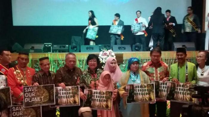 Siti Nurbaya Resmi Luncurkan Gerakan Dunia Peduli Lingkungan Hidup