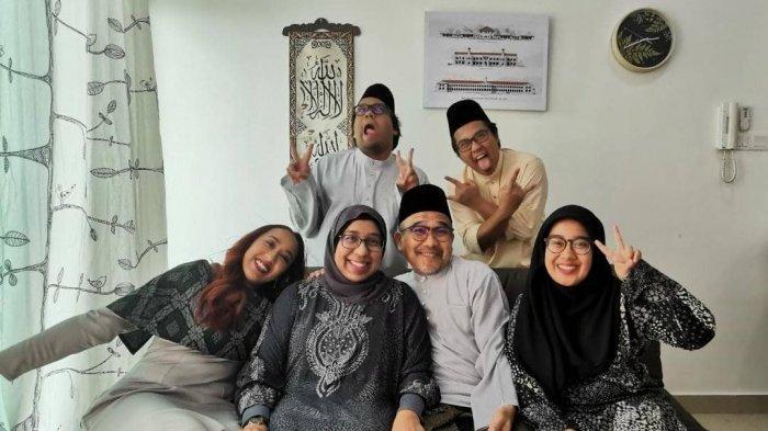 Beli Kue Lapis Banyak untuk Kerabat di Serawak, Warga Malaysia Kecewa Tak Bisa Mudik