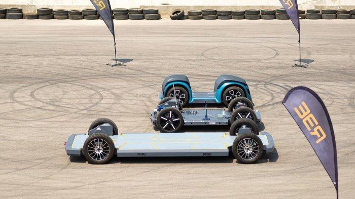 REE Automotive Kembangkan Sasis Berbentuk Skateboard untuk Mobil Listrik