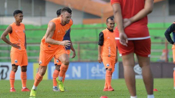 Persija Gagal Juara Piala Indonesia, Julio Banuelos Usung Bangkit di Liga 1