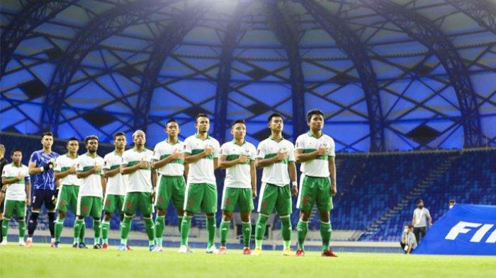 Skuat Timnas Indonesia saat melawan Vietnam pada kualifikasi Piala Dunia 2022 di Stadion Al Maktoum, Dubai, Uni Emirat Arab, Senin (7/6/2021).