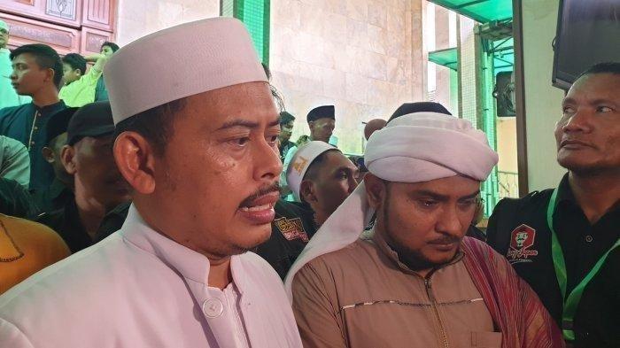 Ketum Persaudaraan Alumni (PA) 212 Slamet Maarif di Masjid Sunda Kelapa, Menteng, Jakarta Pusat, Minggu (13/10/2019).