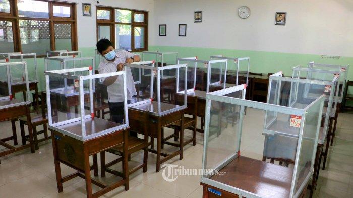 Sekolah Tatap Muka Terbatas Mulai Juli 2021, Guru dan Tenaga Pendidik Harus Sudah Vaksinasi Covid-19