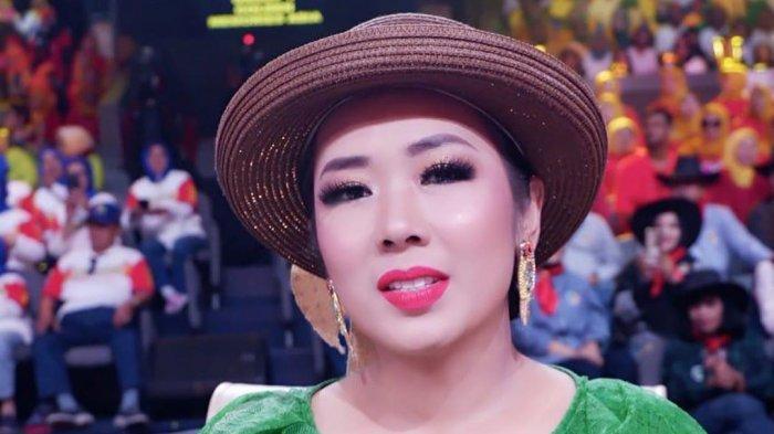 Diberi Kejutan di Hari Ulang Tahunnya yang ke-39, Soimah: Saya Sudah Curiga
