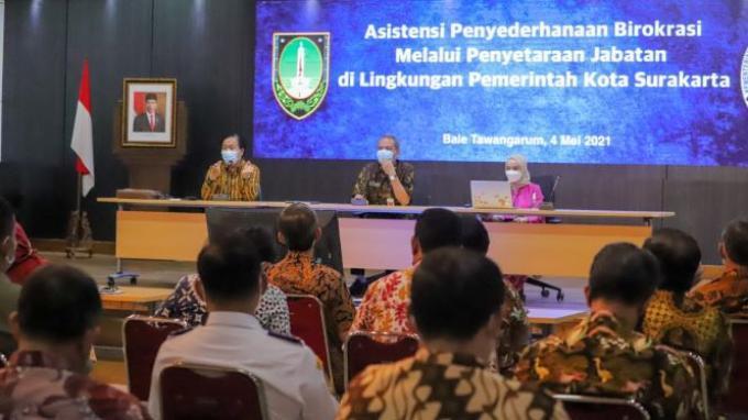 Surakarta Siap Jadi Pilot Project Penyederhanaan Birokrasi di Lingkup Pemda