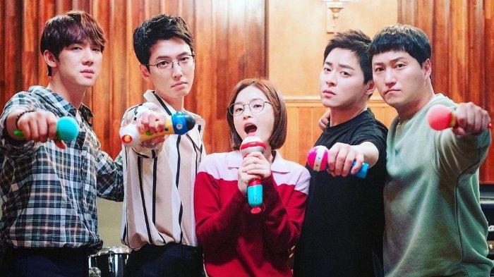 SPOILER Hospital Playlist 2 Episode 12, Durasi Lebih Panjang, Song Hwa dan Ik Jun Akhirnya Berkencan