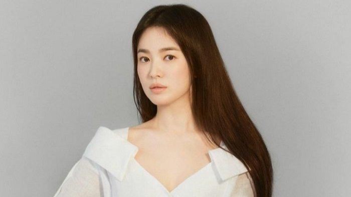 Song Hye Kyo Donasi 10 Ribu Buku sebagai Penghormatan Gerakan Samil