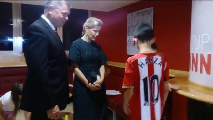 Putri Sophie Bertandang ke Markas Sunderland FC
