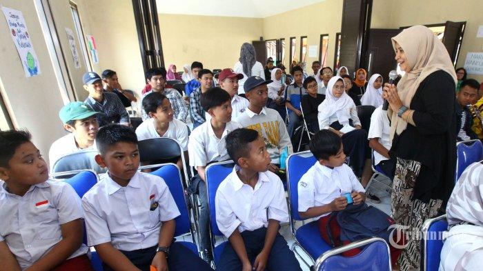 Menko PMK: Guru PAUD Berperan Strategis Tanamkan Nilai-nilai kepada Anak-anak
