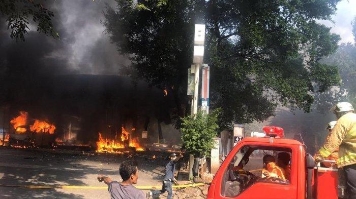 SPBU di Cipayung Terbakar, Diduga karena Pengemudi Main Gadget