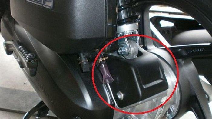 Penasaran Itu Terjawab Sudah! Rupanya Ini Fungsi Kotak Hitam di Atas CVT Motor Matic Honda