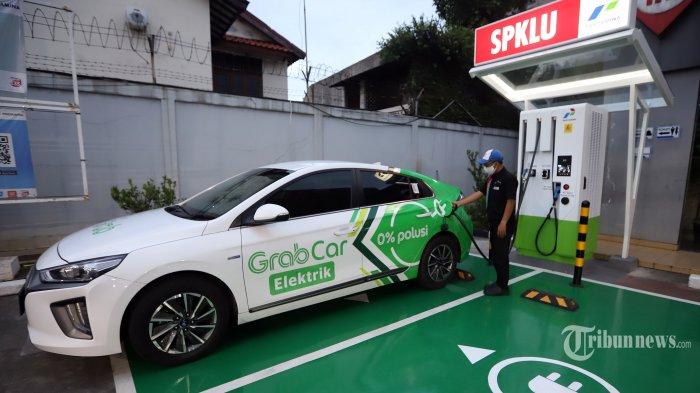 ESDM Akan Bangun 2.400 SPKLU untuk Ekosistem Kendaraan Listrik