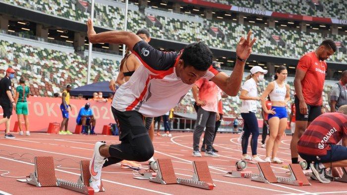Sprinter 100 meter Indonesia, Lalu Muhammad Zohri saat menjalani adaptasi atau latihan di Olympic Stadium, Tokyo.