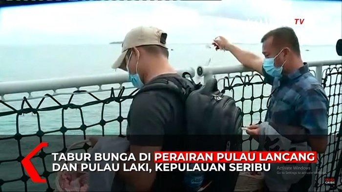 Suasana Tabur Bunga untuk Korban Sriwijaya Air SJ-182, Keluarga Tak Bisa Menahan Tangis