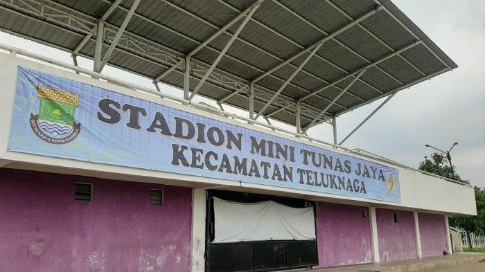 Stadion Mini Tunas Jaya Kecamatan Teluknaga: Dinding Beton di Lokasi VIP Hancur