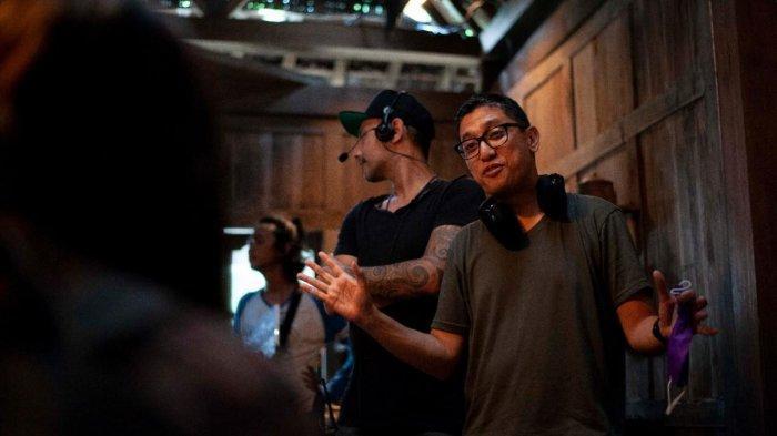 Film Jailangkung 3 produksi Sky Media bekerjasama dengan Legacy Pictures menggaet Kimo Stamboel untuk duduk di kursi sutradara.
