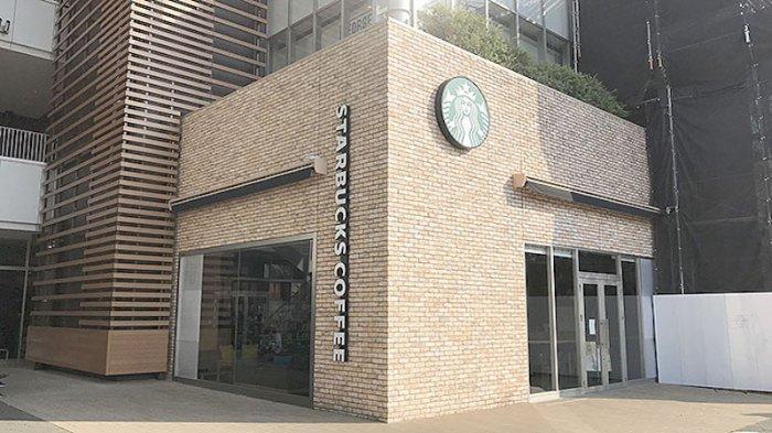 Semua toko Starbucks di Tokyo dan sekitarnya tutup hingga 6 Mei 2020. Starbucks di dekat stasiun Ootakanomori. Foto Kamis (30/4/2020) jam 14:00 waktu Jepang.