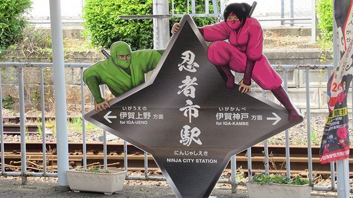 Stasiun Kereta Api dan Kota Bernama Ninja Menjadi Daya Tarik Wisatawan Asing di Jepang