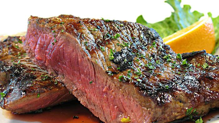 Kenali Jenis-jenis Makanan Pemicu Bau Mulut