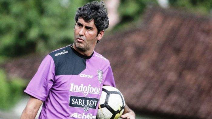 Stefano Cugurra Harapkan Pemain Tetap Fokus Saat Meladeni Persib Bandung Agar Bisa Menang Lagi