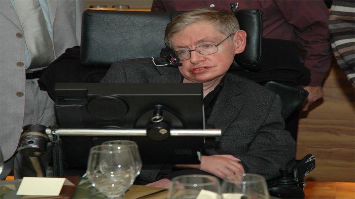 Terdapat Persamaan antara Stephen Hawking dengan Pengemudi Ojol