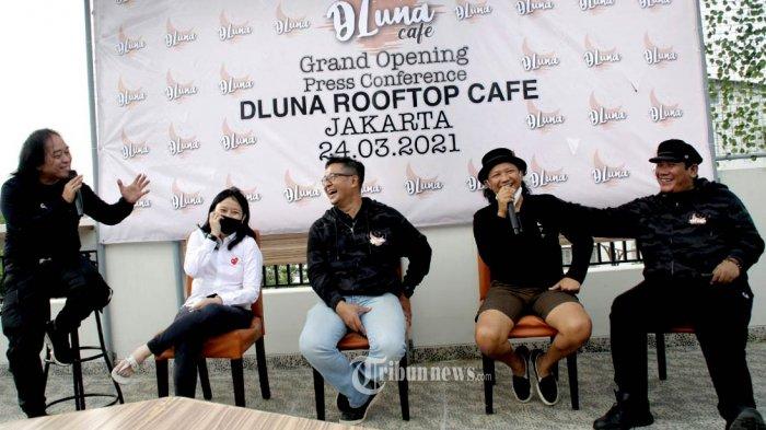 DLuna Rooftop Cafe Idenya Untuk Tamu Backpacker