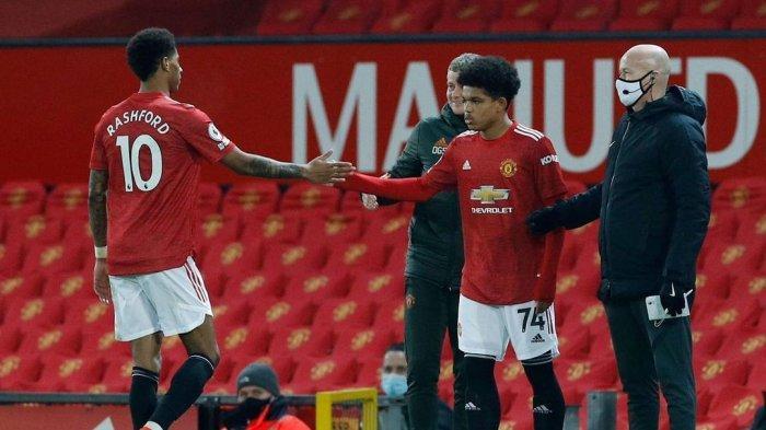 Debut Pemain 17 Tahun Manchester United Berhias Pujian dan Kejadian Aneh, Kiper Jadi Wasit Keempat