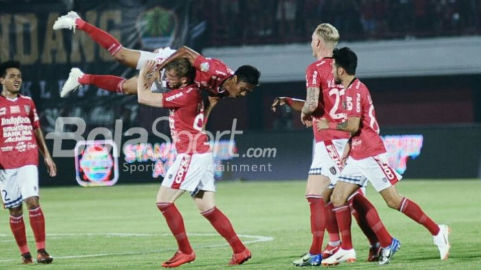 Hal-Hal Menarik Saat Persija Keok dari Bali United: Andritany Halau Bola di Belakang Garis Gawang