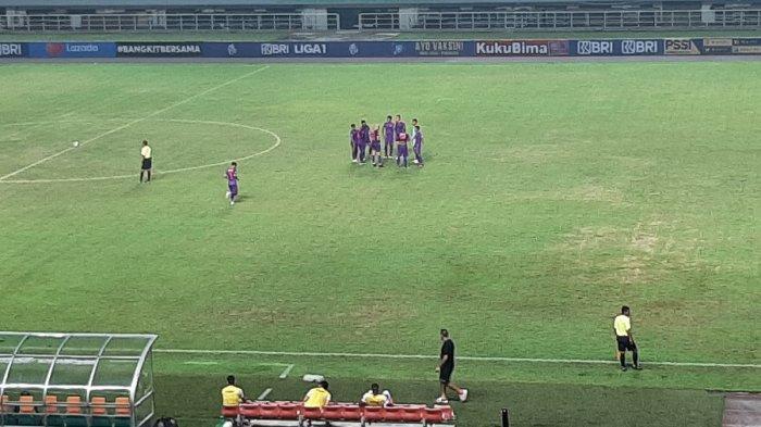Mario Gomez Beberkan Kesalahan yang Bikin Borneo FC Takluk dari Persik Kediri