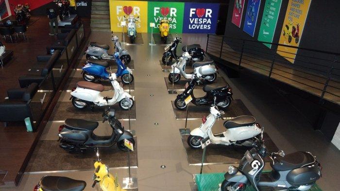Suasana dealer Motoplex Gaia Moto di Jalan Antasari, Jakarta Selatana