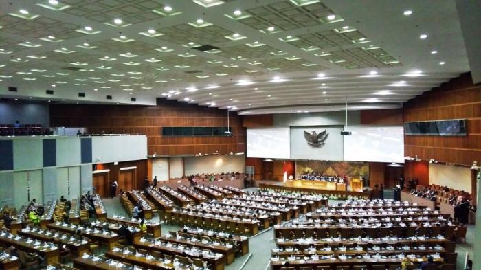 Kinerja Legislasi DPR di Era Pemerintahan Jokowi-JK Dua Tahun Terakhir
