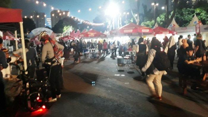 Penjual Makanan di Zona Semangat GBK Merasa Hal  Ini yang Sebabkan Pengunjung Sepi Membeli