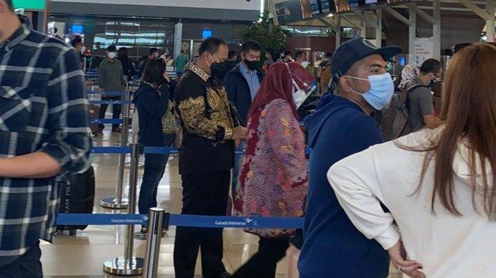 Mengenal Kartu Pas Bandara yang Dipakai Mafia Karantina Loloskan WNI dari India