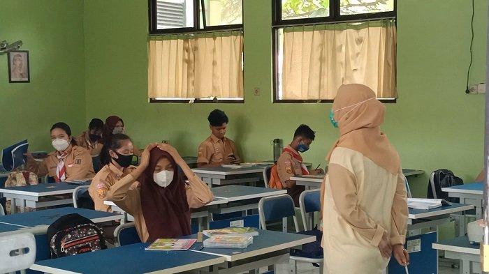 Siswa SMPN 2 Kota Bekasi Antusias Mengikuti Pembelajaran Tatap Muka