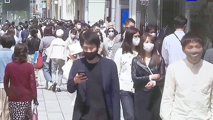 Suasana jalanan mulai ramai lagi di Kota Tokyo, Jepang.