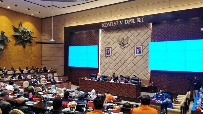 Suasana rapat dengar pendapat penanganan banjir di Jabodetabek di Komisi V DPR, Rabu, 26 Februari 2020.
