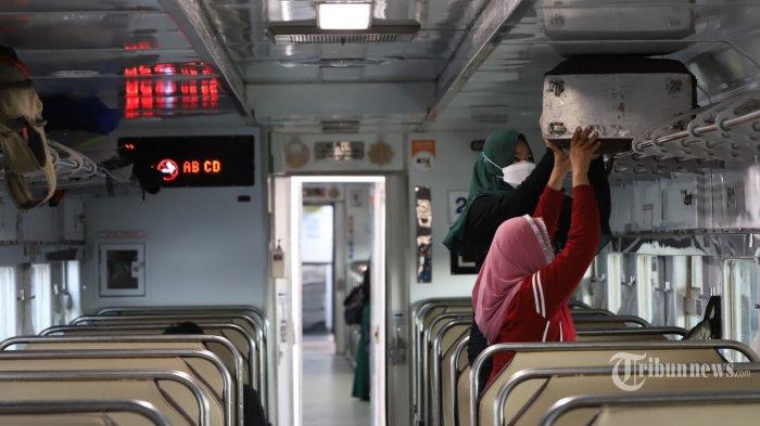 Ilustrasi penumpang kereta api.