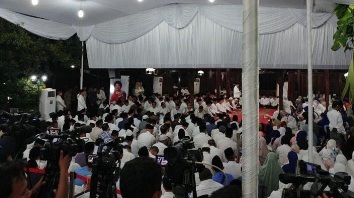 Zulkifli Hasan Hingga Yusril Ihza Mahendra Hadir dalam Tahlilan 40 Hari Meninggalnya Ani Yudhoyono