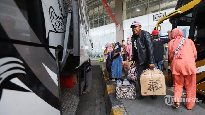 Jelang Larangan Mudik Lebaran, 45 Ribu Penumpang Tinggalkan Jakarta Naik KA, 2.188 Orang Naik Bus