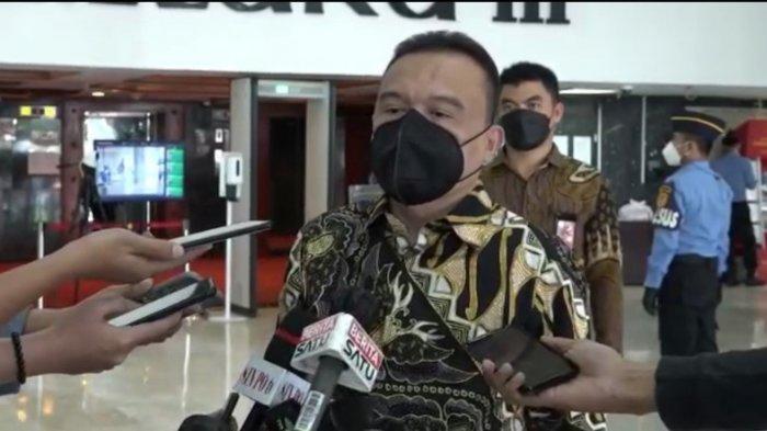 Pimpinan DPR Minta Pemerintah Kaji Wacana Pati TNI-Polri Jadi Plt Kepala Daerah