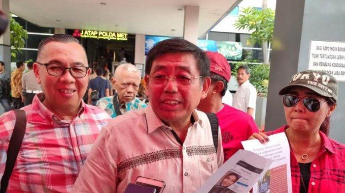 Perwakilan Team APP, C. Suhadi di SPKT Polda Metro Jaya, Sudirman, Jakarta Selatan, Jumat (17/1/2020)