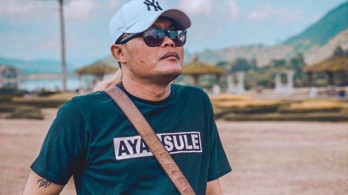 Teddy Gandeng 10 Pengacara soal Harta Lina, Sule Tanggapi Santai: Berarti Dia Punya Uang untuk Bayar