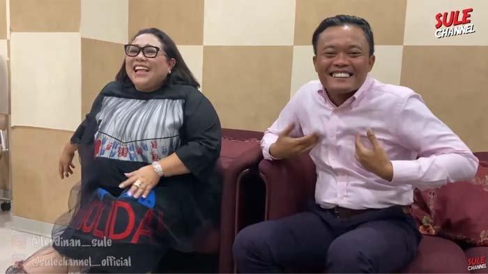 Dijenguk Sule dan Andre Taulany di RSKO, Nunung Curhat Kangen Syuting: Nonton Ini Talk Show Nangis