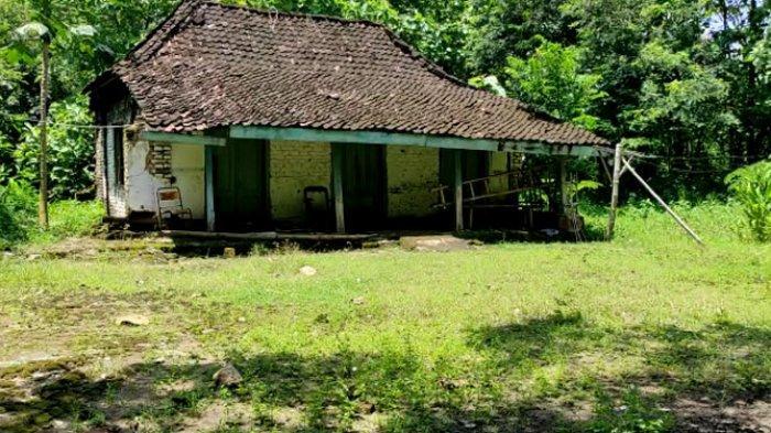 Foto-foto Sepinya Kampung Sumbulan Ponorogo yang Tak Berpenghuni karena Ditinggal warganya