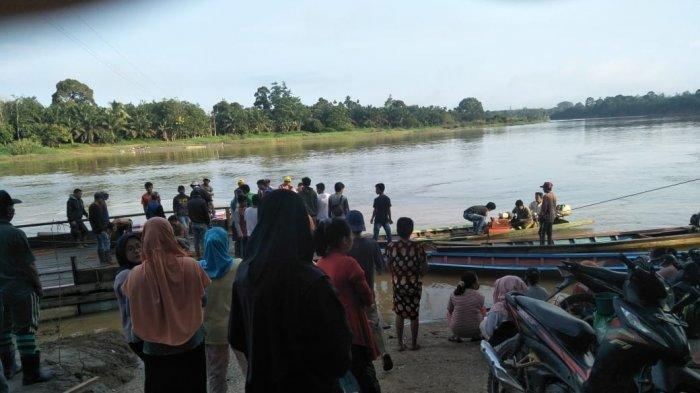 Aidil Jatuh ke Sungai Batanghari saat Hendak Menyeberangkan Motornya, Tubuhnya Tak Muncul Lagi