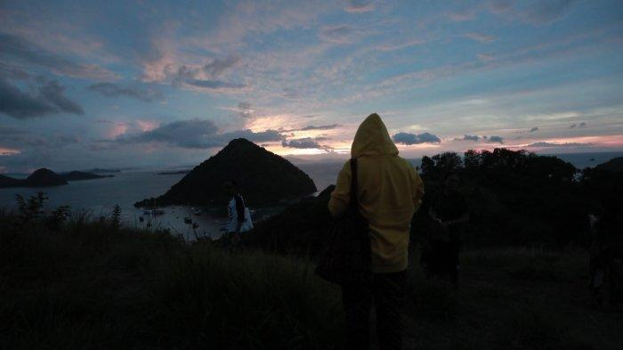 Sunset di Bukit Cinta di Labuan Bajo, Nusa Tenggara Timur n