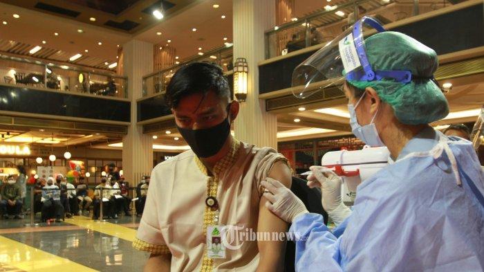 Stok Memadai, Menkes Minta Pemda Genjot Vaksinasi Covid-19 Setelah Lebaran